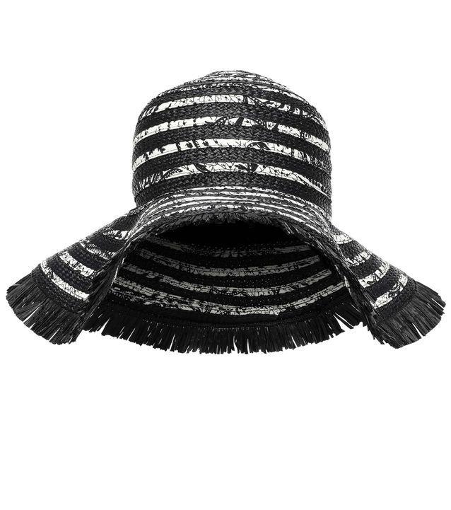 Tendance chapeaux de l'hiver : la paille