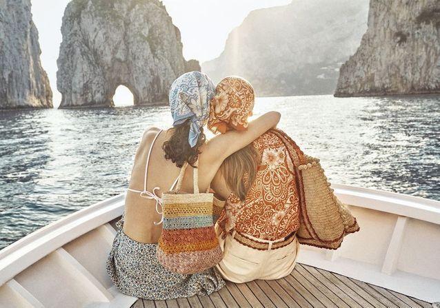 L'instant mode : Le cabas signature de Vanessa Bruno s'invite à Capri