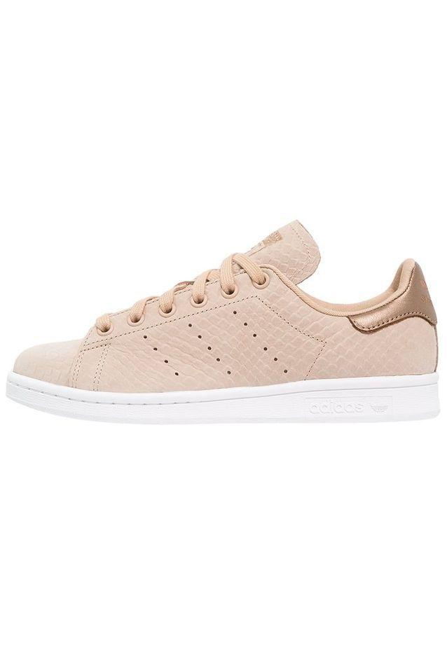 061a6386dfc13 Basket rose   découvrez les plus jolis modèles de sneakers rose - Elle