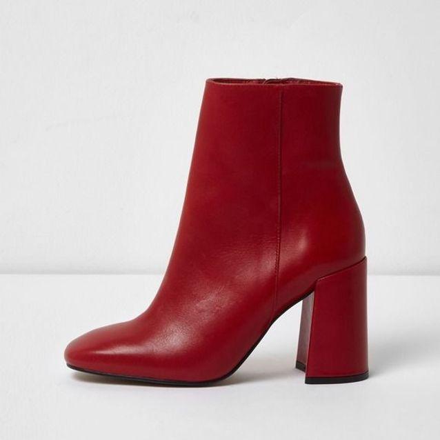 belle qualité modèle unique élégant et gracieux Bottes rouges à gros talons River Island - Bottez en rouge ...