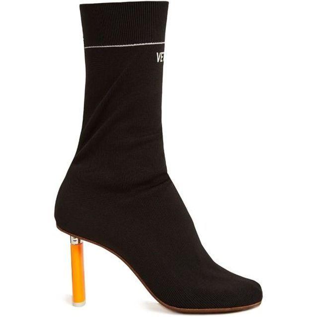 Bottines chaussettes noires Vetements