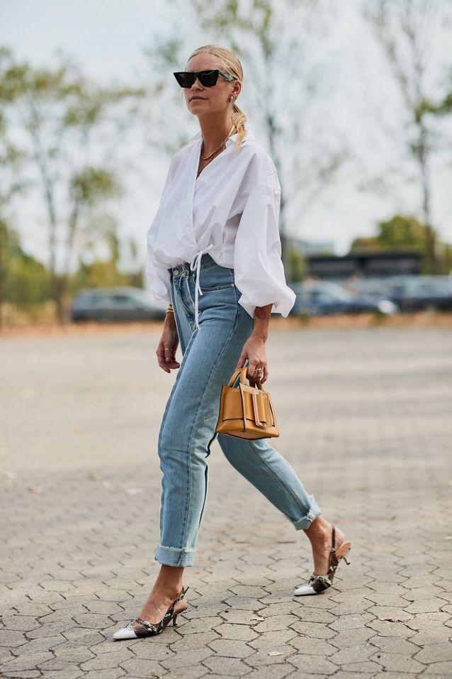 Une blouse blanche