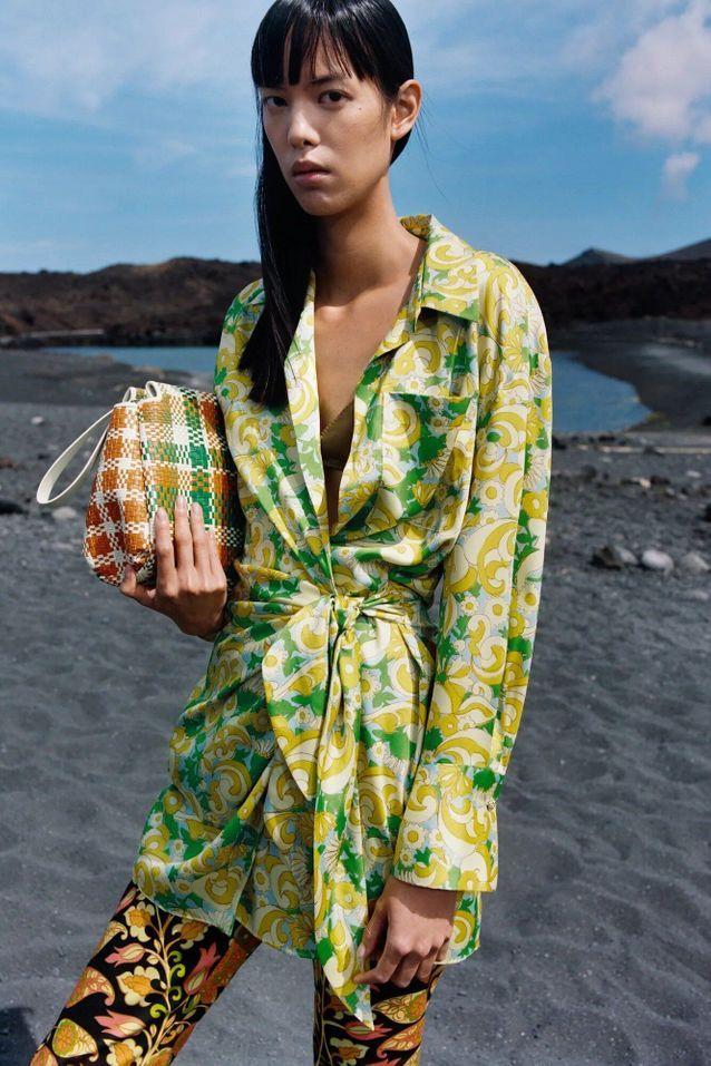 Tunique portefeuille imprimé seventies Zara