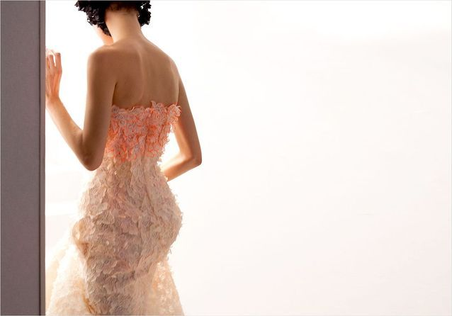 De A à Z, les secrets de fabrication d'une robe Dior haute couture
