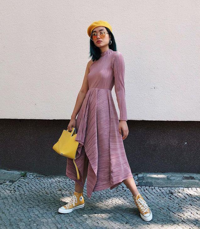 La robe à manches longues et asymétrique de Kicki