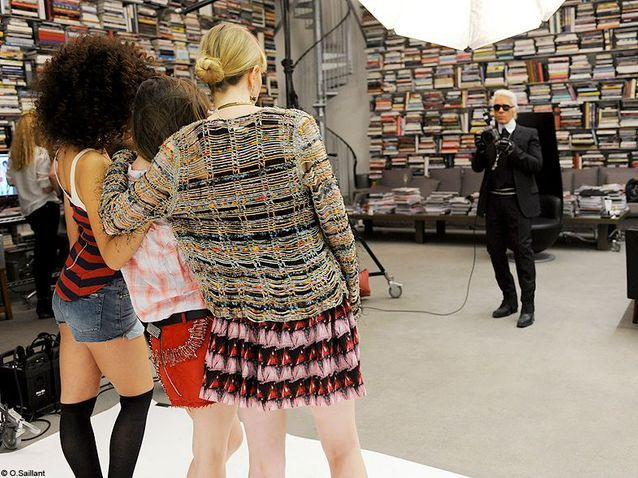 Mode casting lectrices shooting coulisses karl lagerfeld trois top