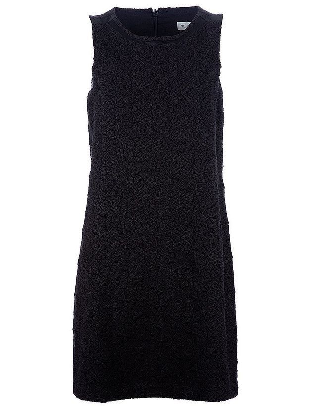 La petite robe noire de « Diamants sur Canapé »