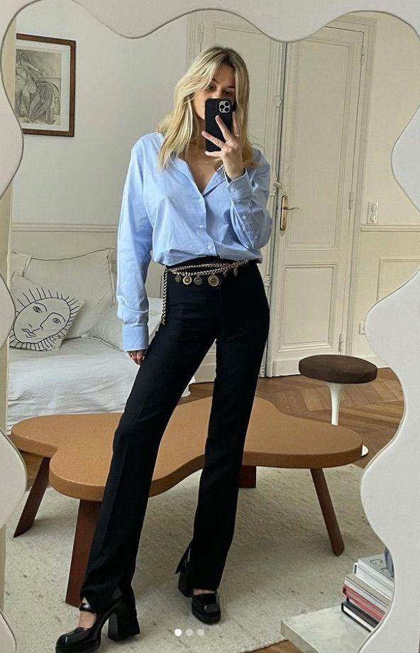 Porter une ceinture en chaîne sur un jean