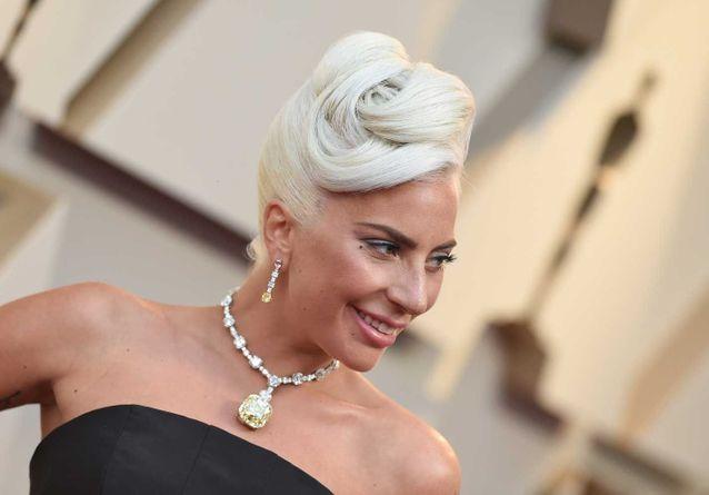 5 fois où les stars ont porté des bijoux à plus de 10 millions de dollars sur le tapis rouge des Oscars