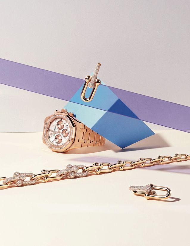 Montre « Royal Oak Automatique » en or rose et diamants, Audemars Piguet/ B.o. et collier « Tiffany City HardWear » en or rose pavé de diamants...
