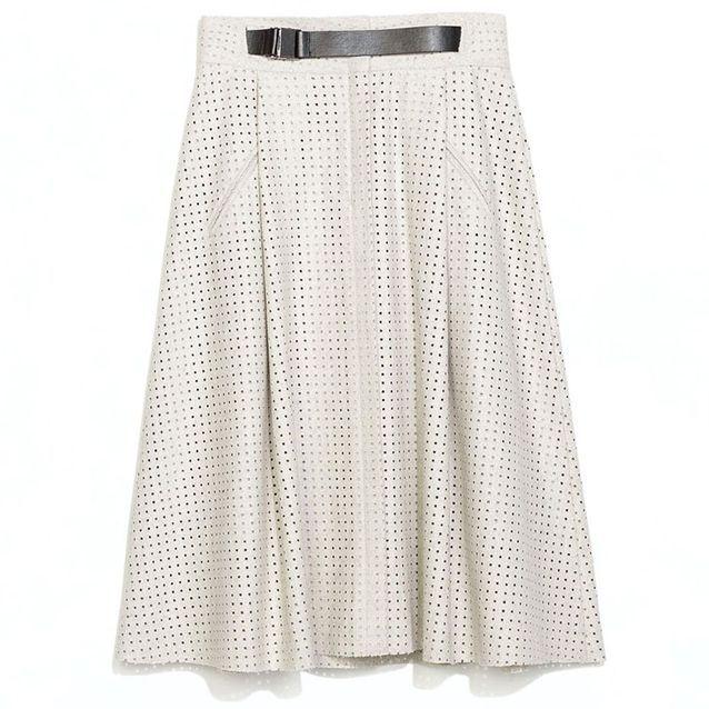 f0467360679500 Jupe Zara - 30 jupes sous le genou qui ne font pas mémé - Elle