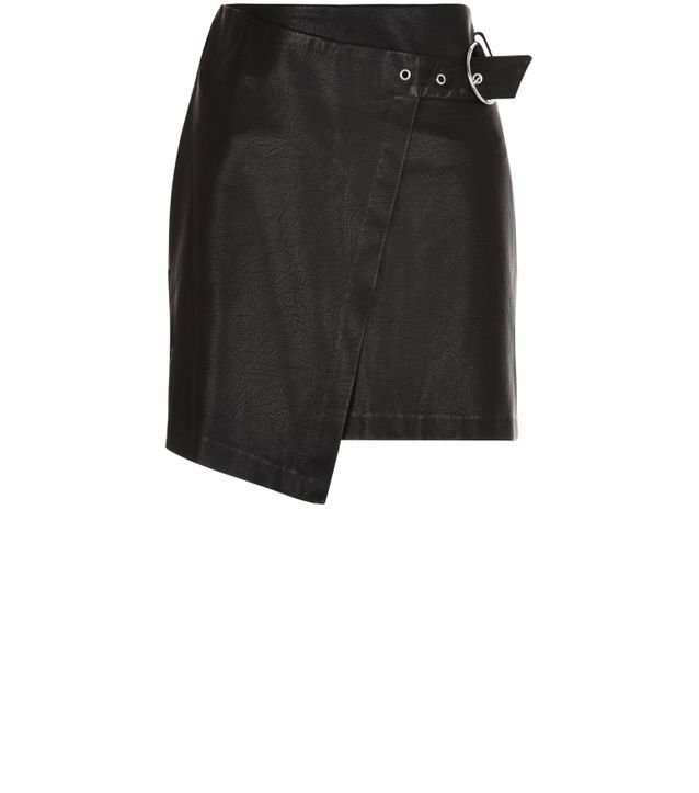 nouveau style 9361b ff4c6 Jupe portefeuille en simili cuir noir à ceinture New Look ...