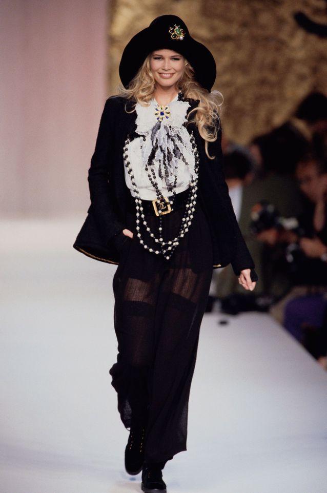 Claudia Schiffer pour Chanel