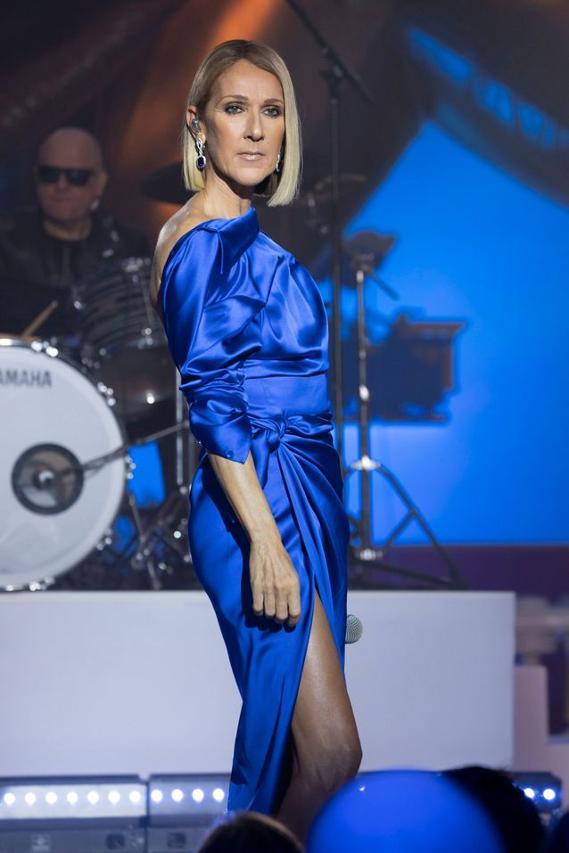 Céline Dion en look Balenciaga