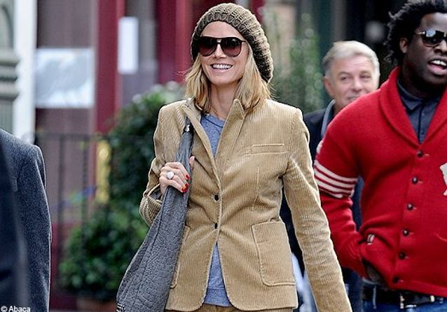 On copie le look velours d'Heidi Klum