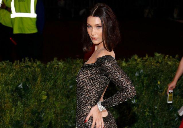 Histoire d'une tenue : la revenge dress de Bella Hadid au Met Gala 2017