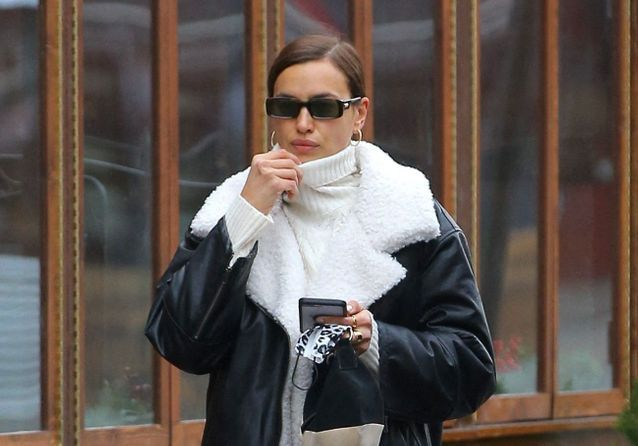 Irina Shayk : son manteau très audacieux pour affronter l'hiver