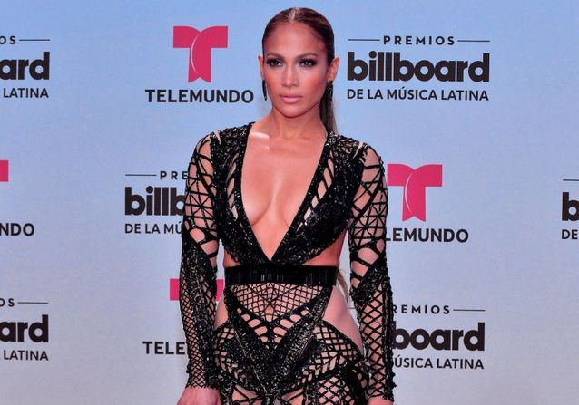 Jennifer Lopez : ses robes les plus sulfureuses en photos