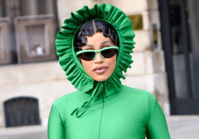 Les looks iconiques de Cardi B lors de la Fashion Week de Paris