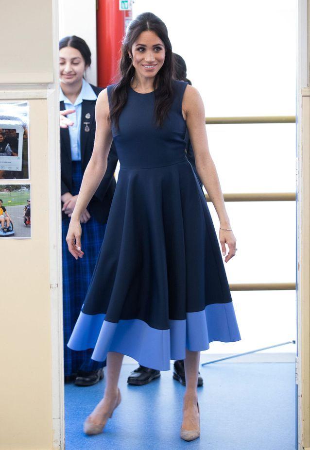 Meghan Markle en robe tricolore
