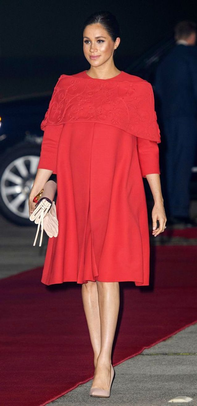 Meghan Markle en robe rouge