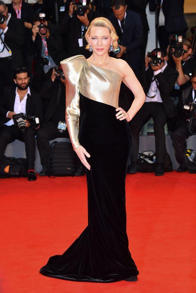 Cate Blanchett sur le tapis rouge de la Mostra