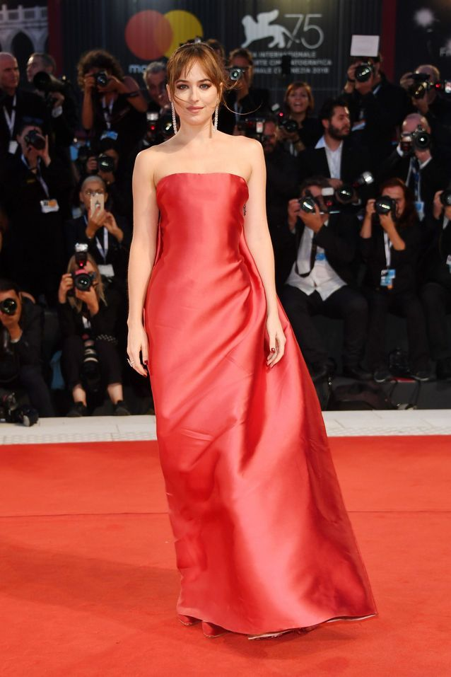 Dakota Johnson sur le tapis rouge