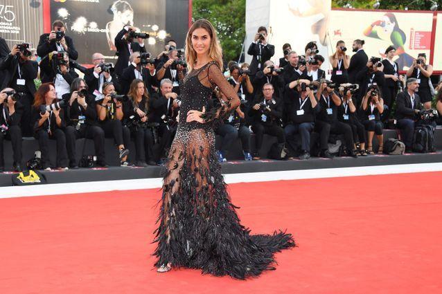 Melissa Satta sur le tapis rouge
