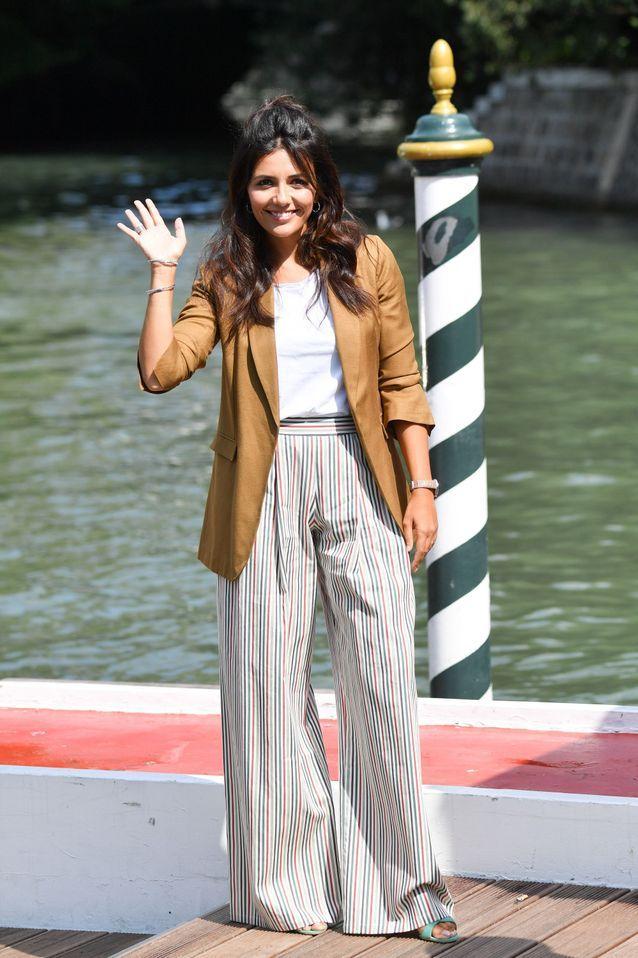 Serena Rossi arrive à la Mostra de Venise