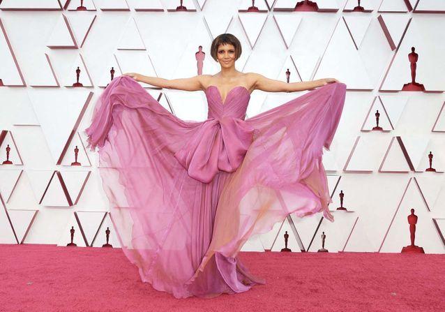 Oscars 2021 : cette tendance de robe était omniprésente sur le tapis rouge