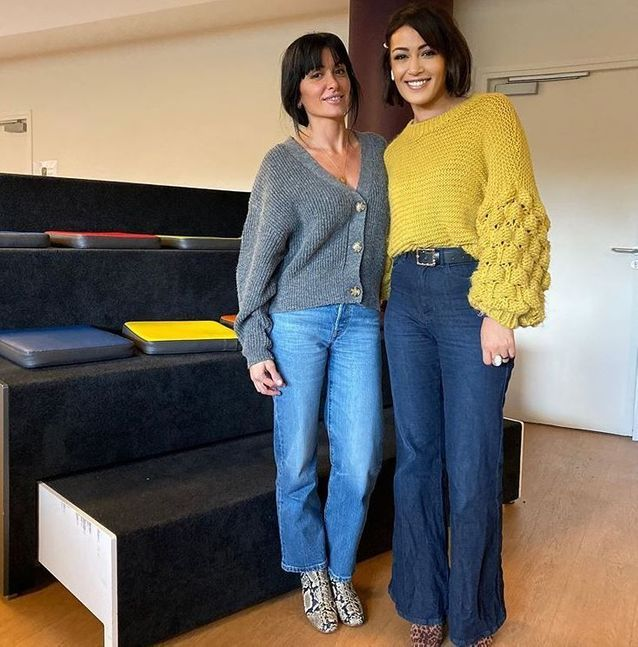 Jenifer et son cardigan Zara