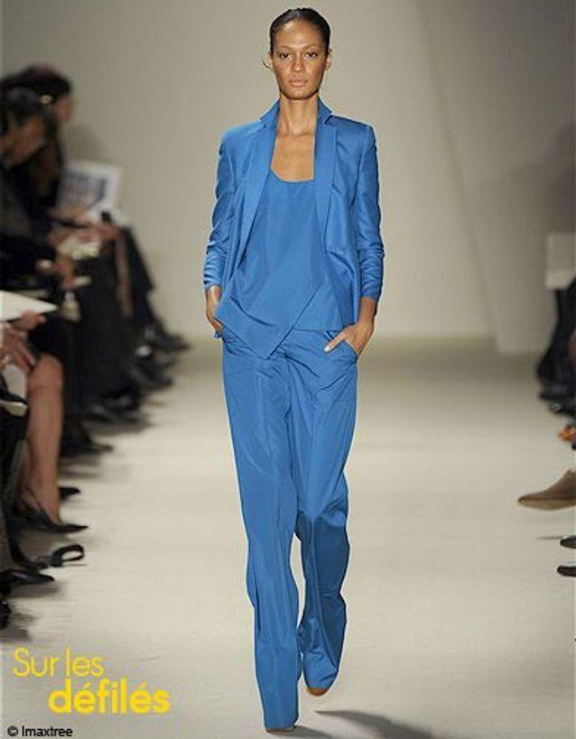 Mode tendance conseils comment porter look veste couleur Akris