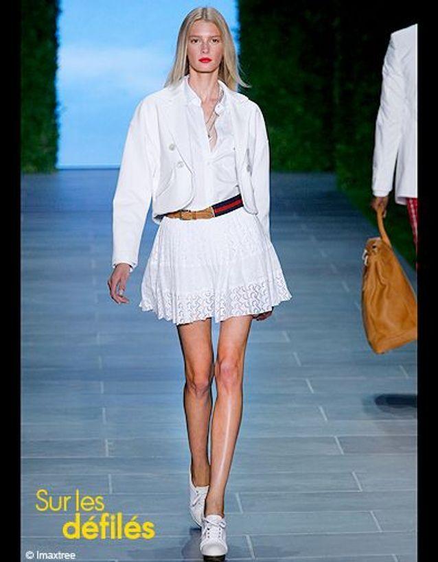 Mode tendance conseils porter chemise blanche Hilfiger