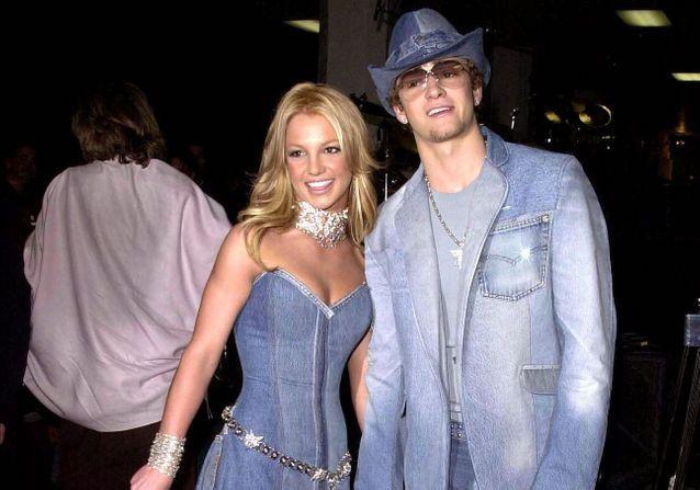 8 janvier 2001 : Britney Spears et Justin Timberlake font le buzz avec leur look denim