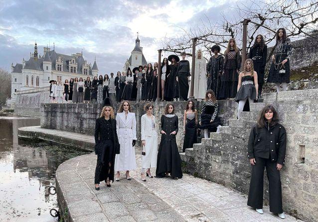 Chanel Métiers d'Art 2020/2021 : 3 choses à retenir du défilé
