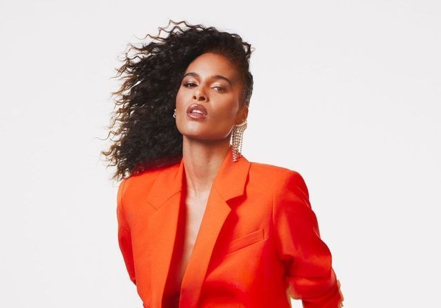 #ElleFashionCrush : Imaan Hammam lance sa collection capsule avec Frame