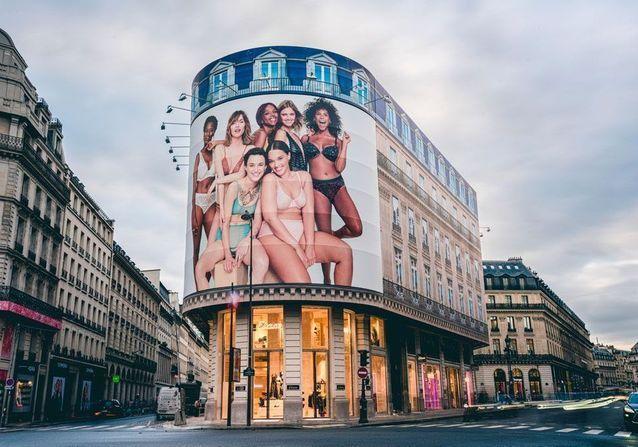 #ElleFashionSpot : Etam inaugure sa nouvelle boutique de 500m2 à Paris