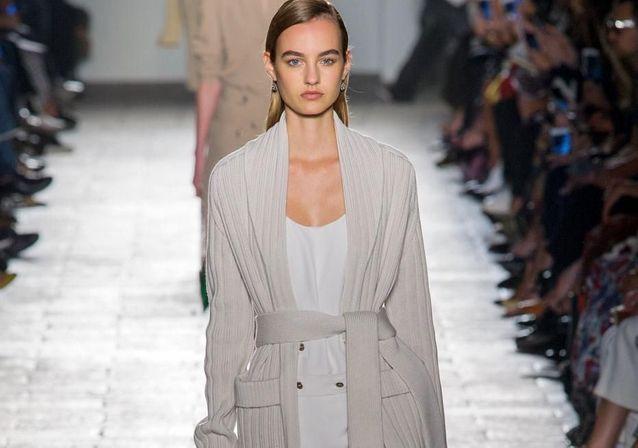 Fashion Week de Milan printemps-été 2017 : les meilleurs looks aperçus sur les podiums