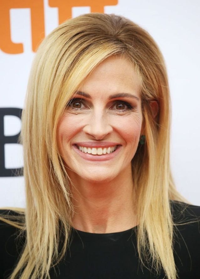 long hair styles over 50 renversante au festival de toronto 2288 | Julia Roberts en brushing legerement crepe