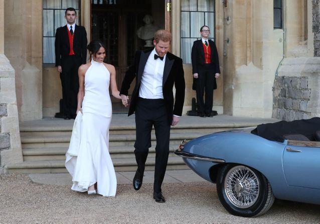 PHOTOS - Découvrez la somptueuse robe de Meghan Markle pour sa soirée de mariage