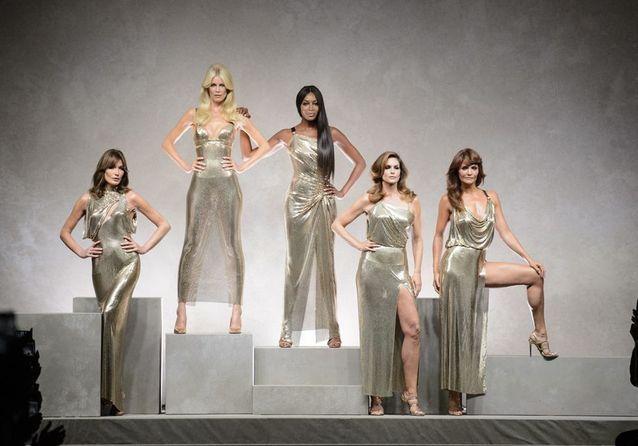Quand Donatella Versace réunissait les plus grands supermodels pour rendre hommage à son frère