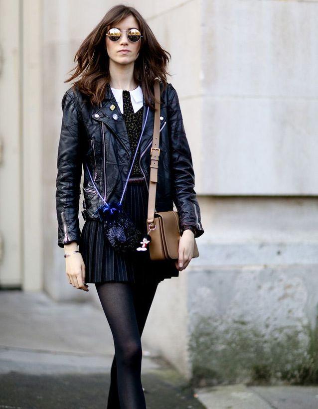 e34b6cca22a1 La veste en cuir bordeaux - 15 façons de porter la veste en cuir - Elle