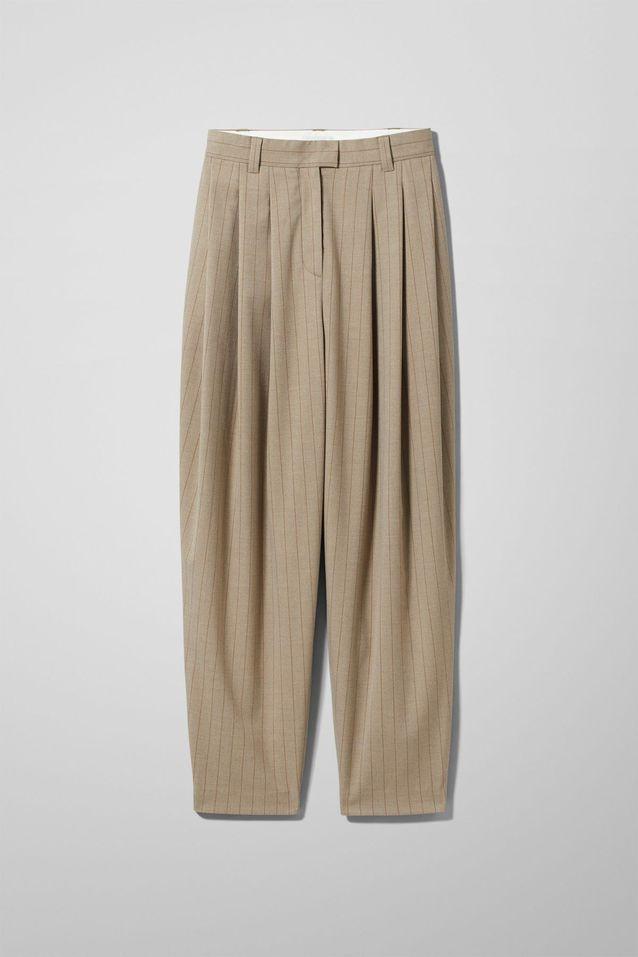 Le pantalon à pinces