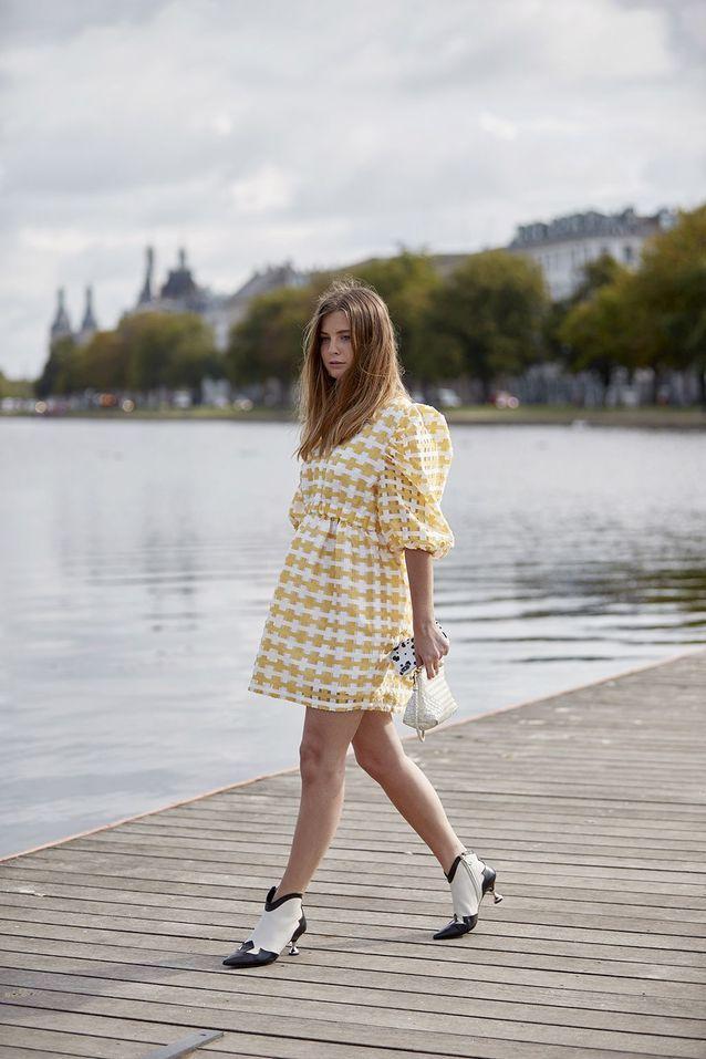 La robe à manches ballons version preppy