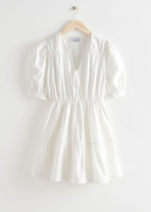 Robe courte blanche & Other Stories