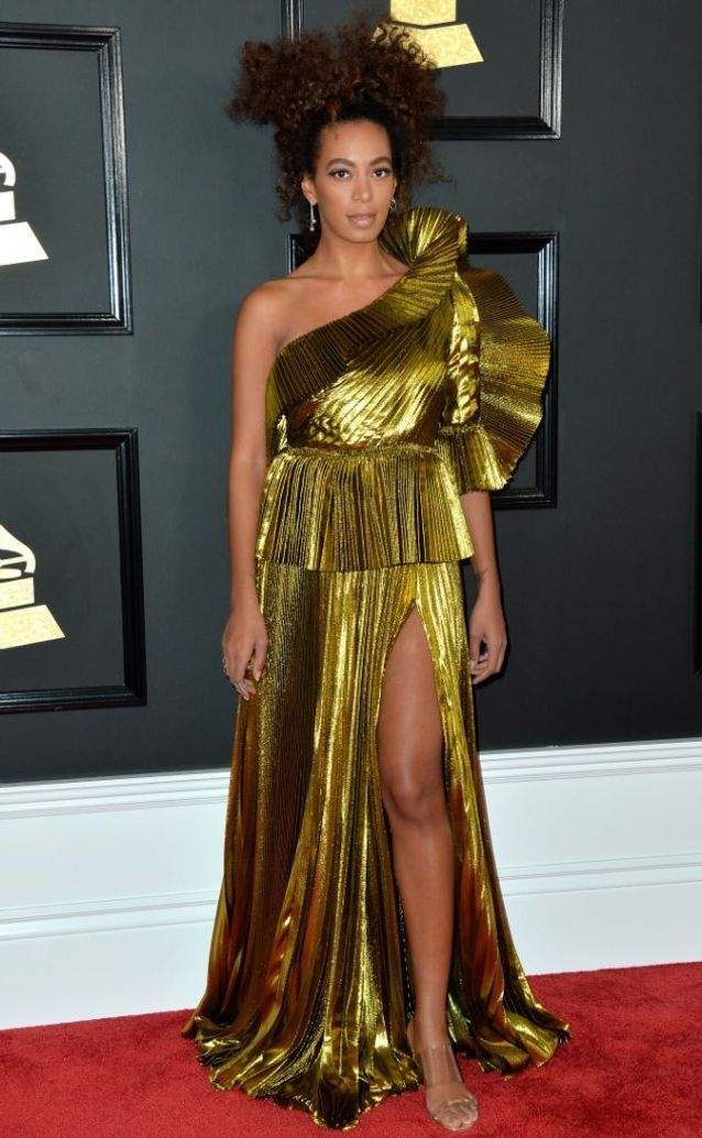 La robe fendue de Solange Knowles