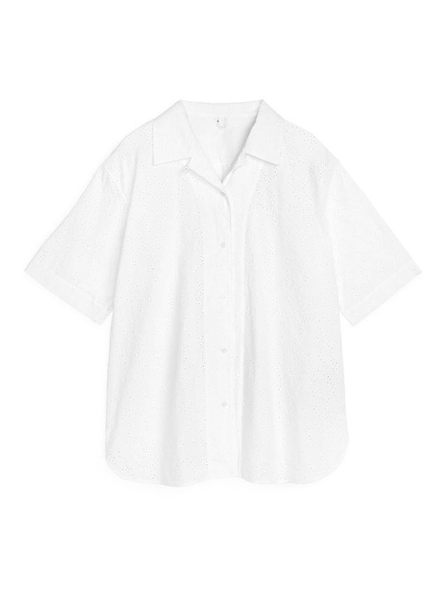 Chemise blanche avec broderies anglaises Arket