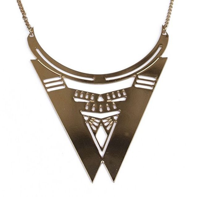 Collier Big Barry, Chic alors