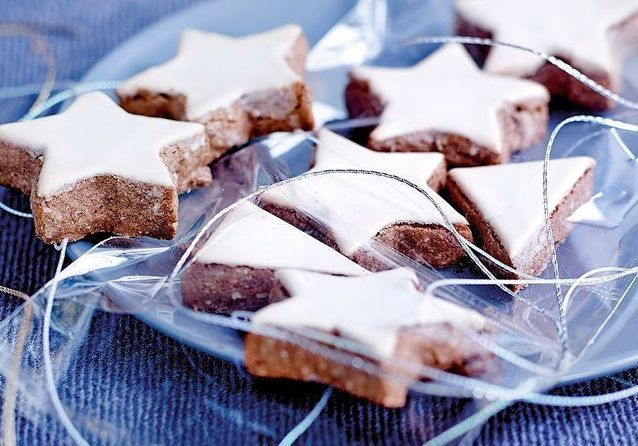 Comment faire des étoiles de Noël à la cannelle ?