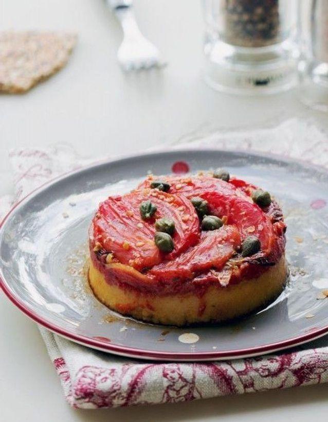 Repas de Noël sans gluten : Polenta à la tomate, à l'oignon et aux herbes